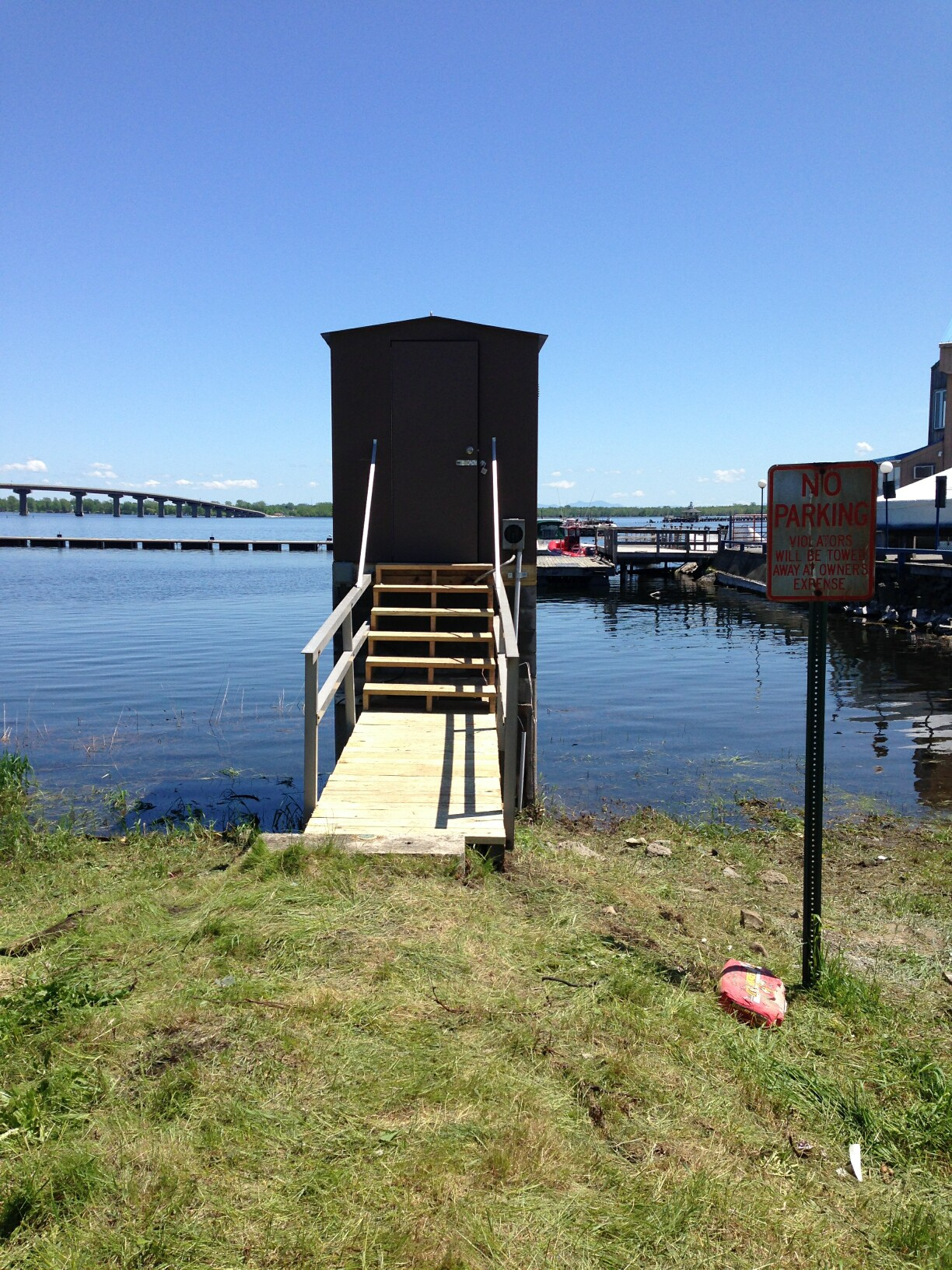 Photo of station on RICHELIEU RIVER (LAKE CHAMPLAIN) AT ROUSES POINT, NY